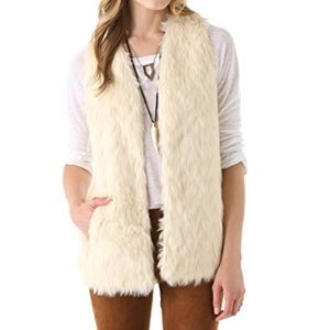 BB Dakota Faux Fur Vest - Ivory - Medium